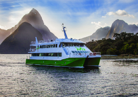 jucy cruise catamaran on milford sound